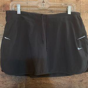 Nike gray athletic skirt, size large